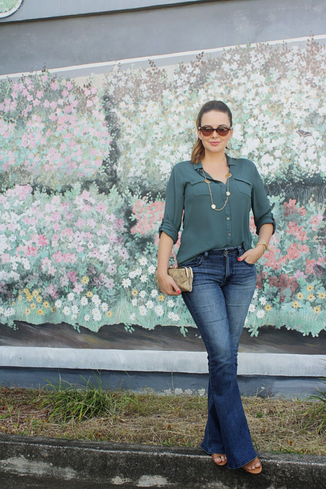 A Pretty Penny American Eagle High Rise Artist Jeans