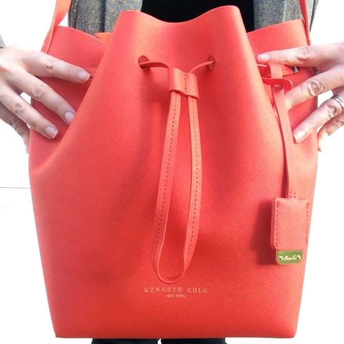 Found: the perfect bucket bag for spring!