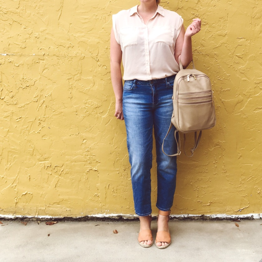 OOTD Girlfriend Jeans | keiralennox.com