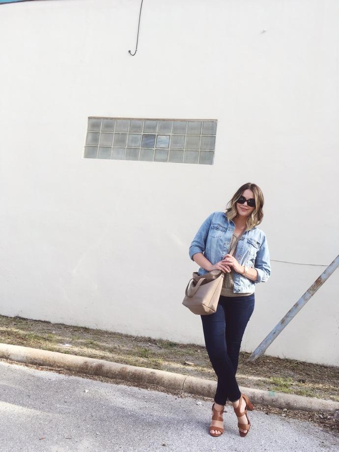 summer capsule wardrobe, denim on denim trend, ootd, wardrobe remix, style blogger, women fashion